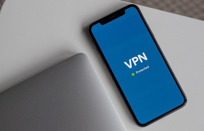 اخبار التقنيه خلل في iOS يمنع تطبيقات VPN من تشفير البيانات