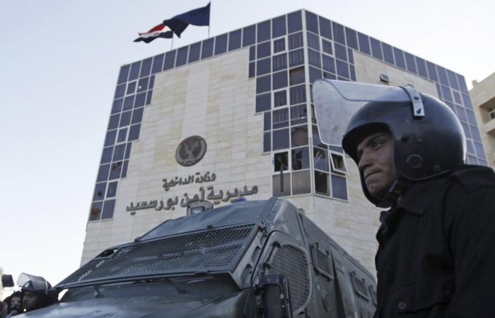 الوفد -الحوادث - أمن بورسعيد يقضي على المتسولين ويضبط 50 منهم موجز نيوز