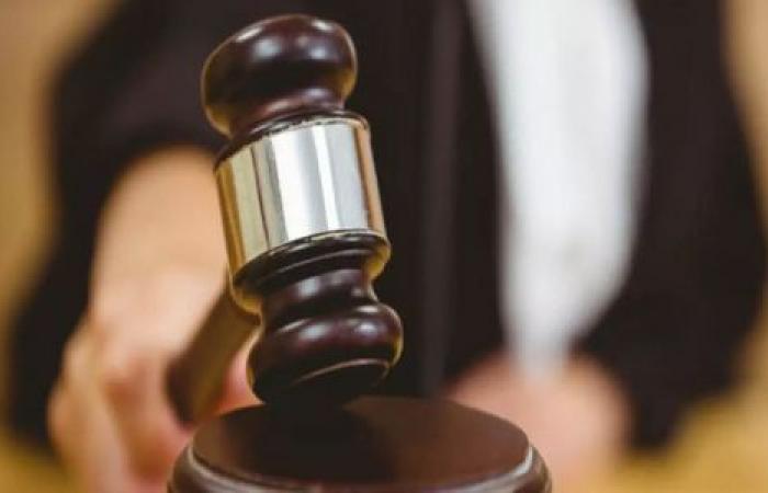 الوفد -الحوادث - زوجة: لجأت لقاضي الأسرة بعد تخليه عن نفقة ابنائه موجز نيوز