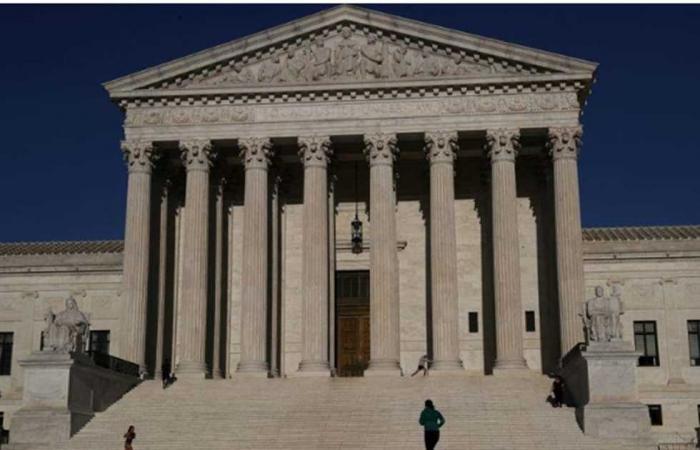 #المصري اليوم -#اخبار العالم - بسبب «كورونا»..بدء تداول أول قضية بالمحكمة العليا الأمريكية هاتفياً موجز نيوز