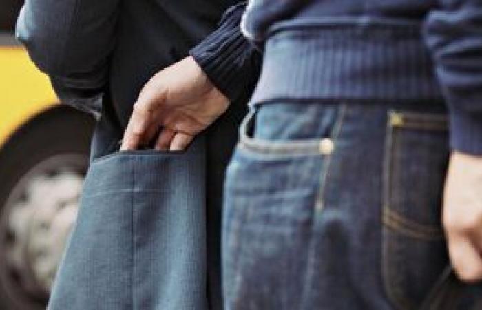 #اليوم السابع - #حوادث - كيدهن عظيم .. نساء يشكلن عصابة لسرقة الفتيات بمولات 6 أكتوبر