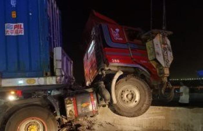 #اليوم السابع - #حوادث - مصدر: السرعة الزائدة من سائق الترلا أدت لفقدانه السيطرة ووقوع حادث الدائرى