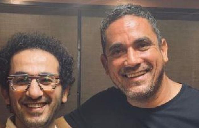 #اليوم السابع - #فن - أمير كرارة مداعبا أحمد حلمى: ما أنا عادى أهو