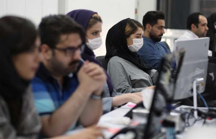 بعد فتح البلاد.. موجة جديدة من كورونا تضرب إيران
