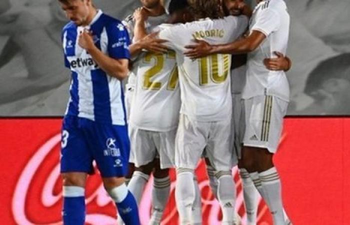 الوفد رياضة - ريال مدريد يتفوق على غرناطة بثنائية في الشوط الأول موجز نيوز