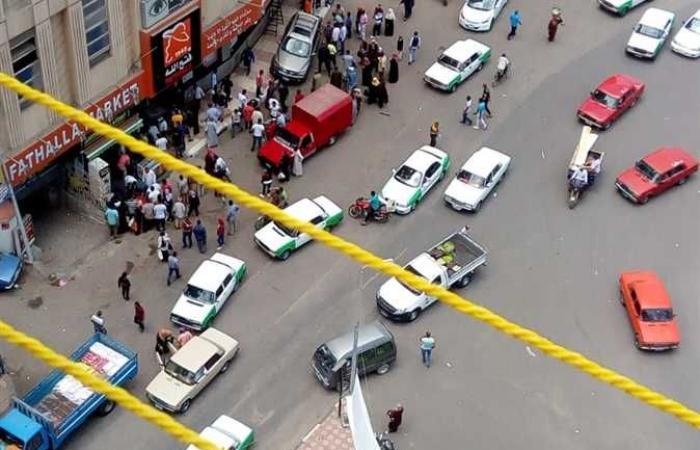 #المصري اليوم -#حوادث - أمام ماكينة ATM.. سيارة طائشة تصعد الرصيف وتصيب 3 أشخاص في البحيرة (صور) موجز نيوز
