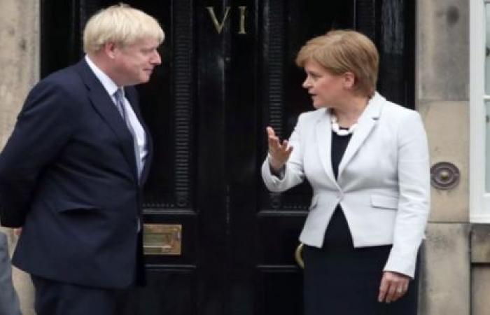 صحيفة ألمانية: رئيس الوزراء البريطاني ينساق خلف هذه الاسكتلندنية