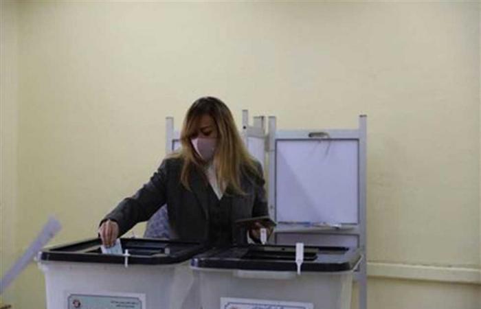 المصري اليوم - اخبار مصر- المدير التنفيذي للأكاديمية الوطنية للتدريب تدلي بصوتها في انتخابات مجلس النواب (صور) موجز نيوز