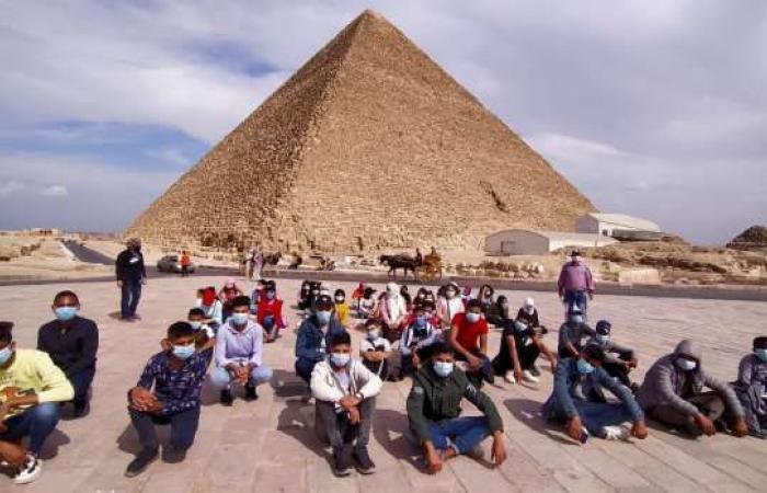 اخبار السياسه انطلاق الأسبوع الـ14 من مشروع أهل مصر للأطفال بزيارة الأهرامات