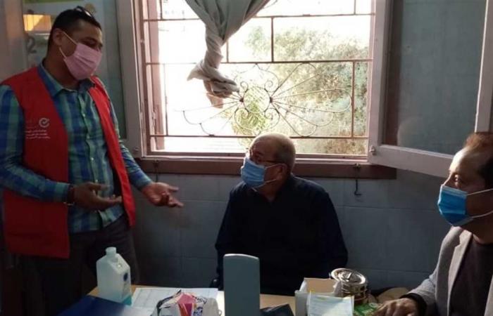المصري اليوم - اخبار مصر- مدير عام الطب الوقائي يتفقد العمل في نقاط فحص المبادرة الرئاسية بالعريش موجز نيوز