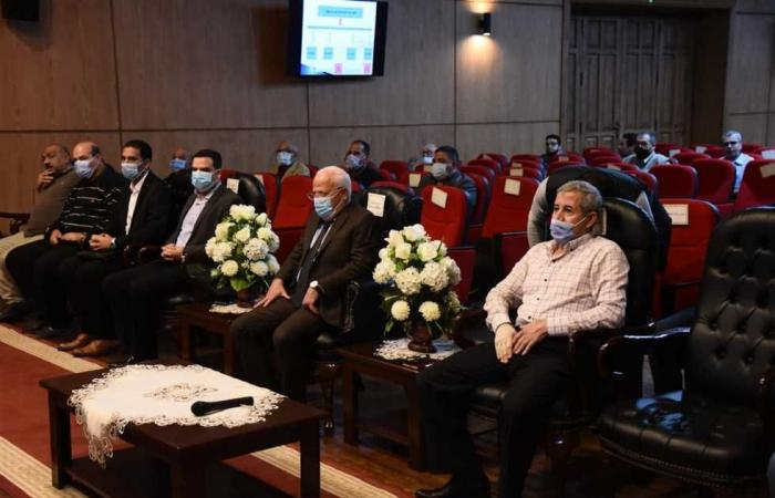 المصري اليوم - اخبار مصر- محافظ بورسعيد يتابع مستجدات تطوير منظومة إصدار تراخيص البناء موجز نيوز