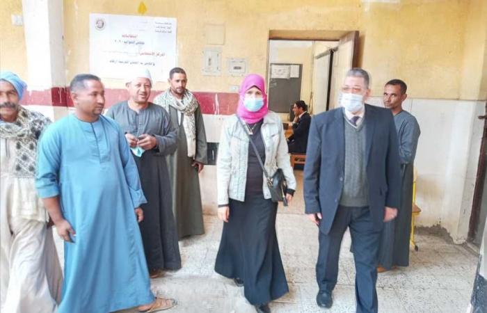 المصري اليوم - اخبار مصر- رئيس مركز العدوة يتابع الإجراءات الوقائية لكورونا داخل اللجان موجز نيوز