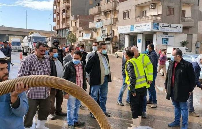 المصري اليوم - اخبار مصر- «مياه البحيرة»: انتهاء التعامل مع جميع تجمعات الأمطار بالمحافظة موجز نيوز