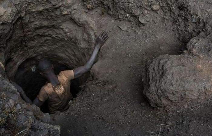 موقع أفريقي: مناجم الكونغو مأساة آدمية.. والشركات العالمية هي المسئولة