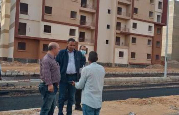 اخبار السياسه رئيس جهاز مدينة بدر يتفقد الوحدات المخصصة لسكن العاملين بالعاصمة الإدارية الجديدة