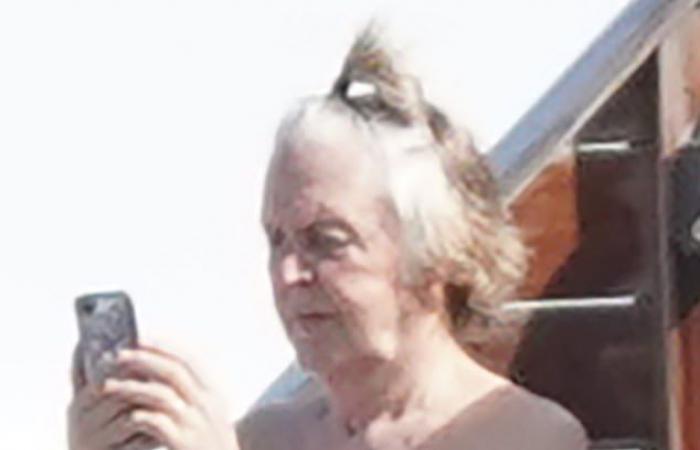 #اليوم السابع - #فن - بعد هروبه من إنجلترا.. السبعينى بول ماكرتنى يلفت الأنظار بتصفيفة شعر عصرية