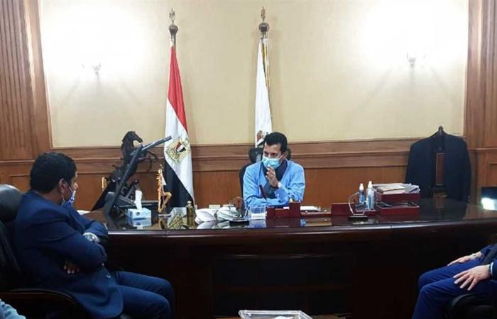 المصري اليوم - اخبار مصر- وزير الرياضة يلتقي رئيس جمعية «مزارعي المليون ونصف فدان» موجز نيوز