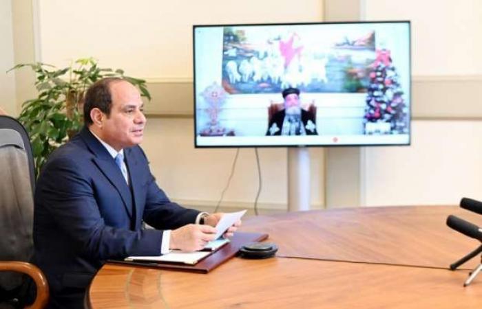 اخبار السياسه عاجل.. السيسي مهنئا البابا تواضروس بعيد الميلاد المجيد: مصر نسيج واحد