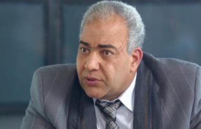 #اليوم السابع - #فن - تشييع جنازة وعزاء والد الفنان بيومي فؤاد من مقابر العائلة فى الفيوم