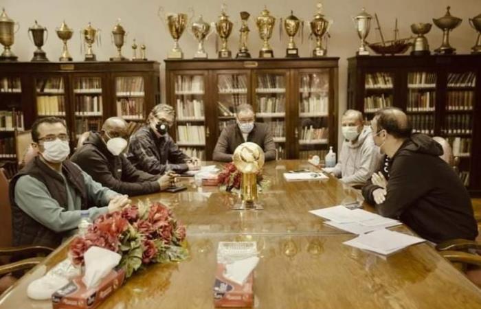 جلسة بين الخطيب وموسيماني لمناقشة احتياجات فريق الكرة