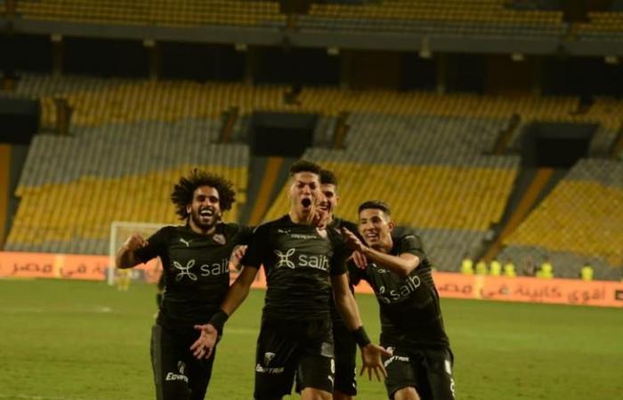 """""""صاروخ"""" إمام عاشور يهدي الزمالك صدارة مؤقتة للدوري بفوز أمام المصري"""