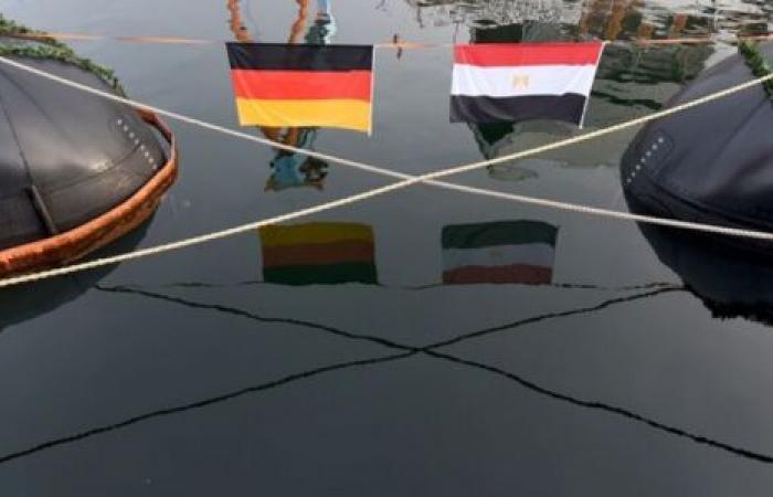 لهذا السبب.. برلين تدافع عن تسليم مصر «غواصات ألمانية»
