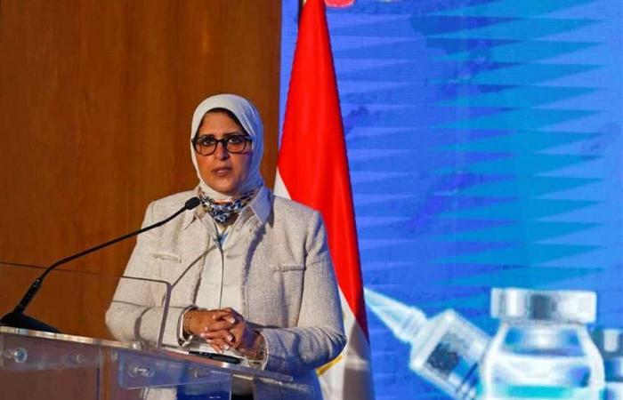 المصري اليوم - اخبار مصر- «الصحة»: تسجيل 887 إصابة جديدة بفيروس «كورونا» و54 حالة وفاة موجز نيوز