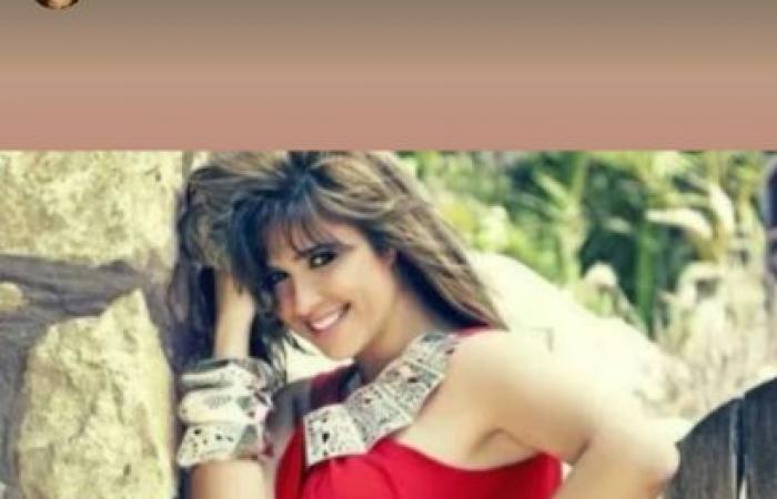 #اليوم السابع - #فن - ياسمين عبد العزيز والعوضي يحتفلان بعيد ميلادها.. ومنى زكى: بحبك يا سكر.. صور