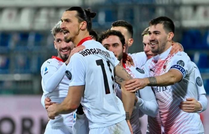 رياضة عالمية الاثنين إبراهيموفيتش يقود ميلان لتخطي كالياري واستعادة صدارة الدوري الإيطالي