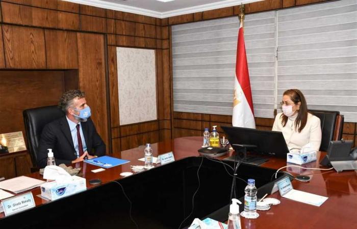 #المصري اليوم - مال - «التخطيط» و«اليونيسيف» يتفقان على تنفيذ مبادرة «أجيال بلا حدود» لدعم الشباب موجز نيوز