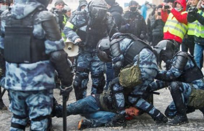 تظاهرات نافالني.. قمع روسي وانتقادات دولية وتلويح بعقوبات