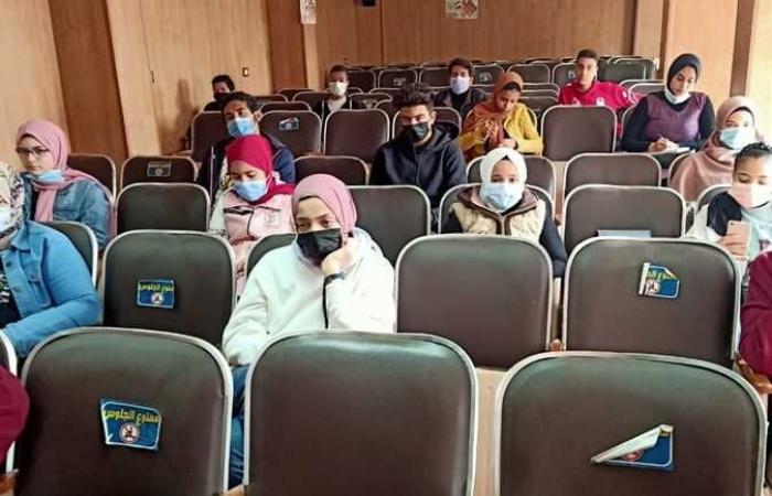 المصري اليوم - اخبار مصر- على مدار 3 أيام.. ورشه عمل حول التثقيف البرلمانى لشباب القليوبية (صور) موجز نيوز