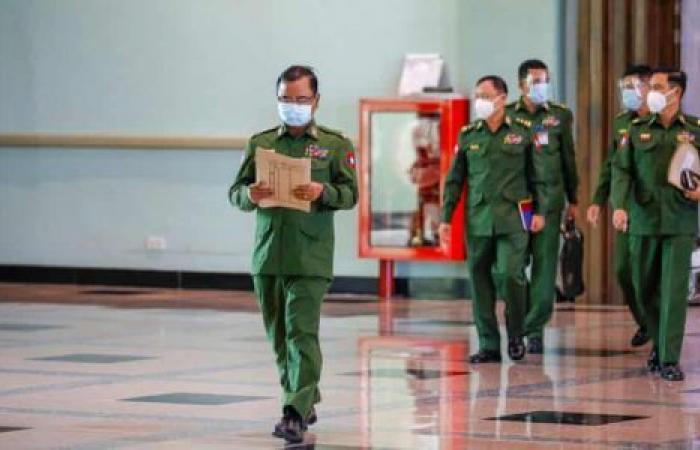 فيديو| انقلاب ميانمار يقتل الديمقراطية الهشة.. هل ينجح بايدن في «الاختبار الأول»؟