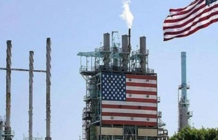 بسبب الطقس.. النفط الأمريكي قرب أعلى سعر منذ 13 شهرًا