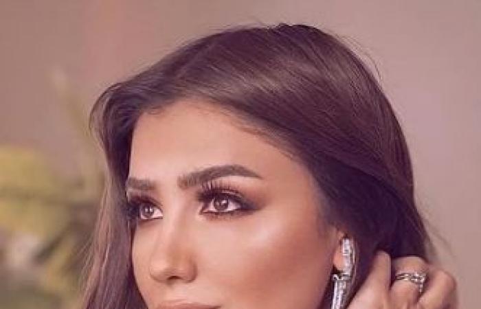 #اليوم السابع - #فن - مى عمر تروج لحلقتها مع منى الشاذلى بجلسة تصوير جديدة من الكواليس