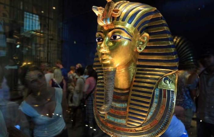 المصري اليوم - اخبار مصر- «التليجراف»: قناع «توت عنخ آمون» أيقونة السياحة في العالم موجز نيوز