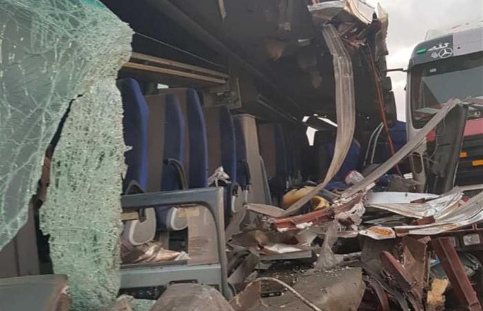 #المصري اليوم -#حوادث - مصرع 9 وإصابة 6 أشخاص في حادث تصادم بالسويس موجز نيوز