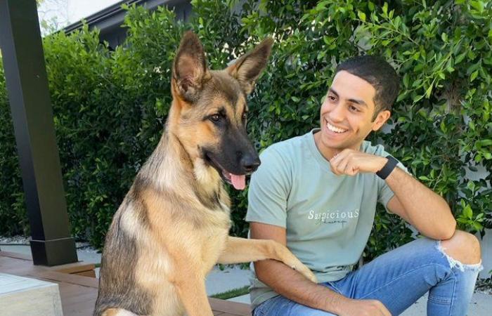 """#اليوم السابع - #فن - مينا مسعود يحتفل بيوم الحيوان الأليف بصورة مع كلبه.. ويعلق: """"يستحقون حبنا"""""""