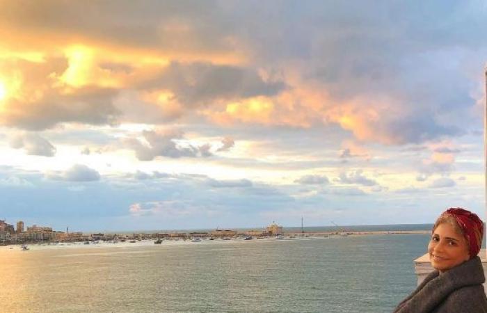 #اليوم السابع - #فن - سوسن بدر تتغزل فى بحر إسكندرية.. وهالة صدقى: حنضرب سمك وكابوريا فين؟