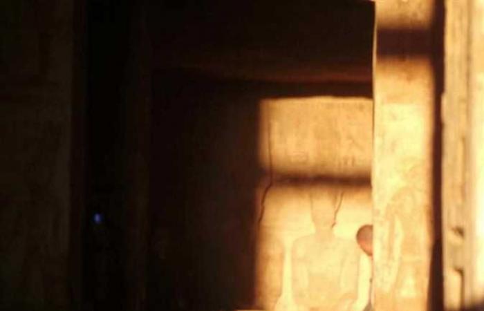 المصري اليوم - اخبار مصر- بدء ظاهرة تعامد الشمس على وجه تمثال رمسيس الثاني بمعبد أبوسمبل (صور) موجز نيوز