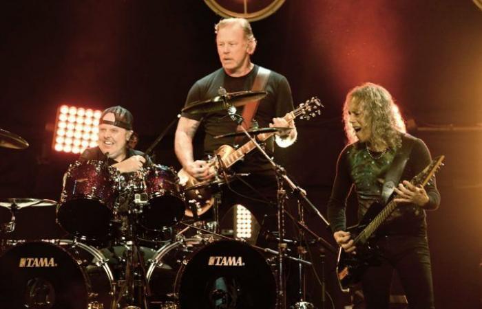 #اليوم السابع - #فن - فريق Metallica يتبرع بـ75000 دولار لمساعدة ضحايا عواصف تكساس
