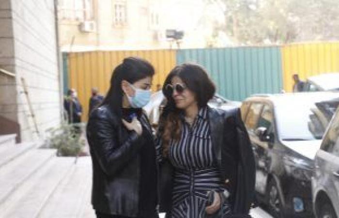 #اليوم السابع - #فن - بدء عزاء ابنة جومانا مراد فى الزمالك ووفاء عامر ودرة أول الحضور