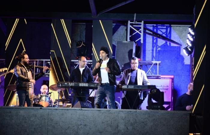 #اليوم السابع - #فن - محمد عدوية يتألق فى حفل غنائى بمصر الجديدة .. صور