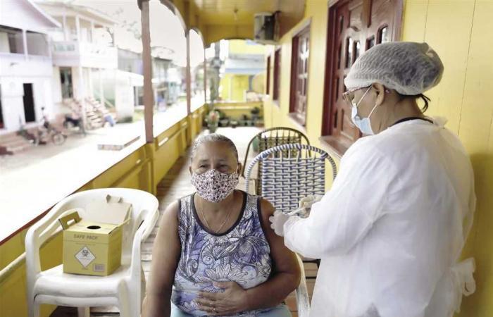 #المصري اليوم -#اخبار العالم - جدل دولى حول لقاح «أسترازينيكا» بعد تسجيل وفيات جديدة فى بريطانيا موجز نيوز