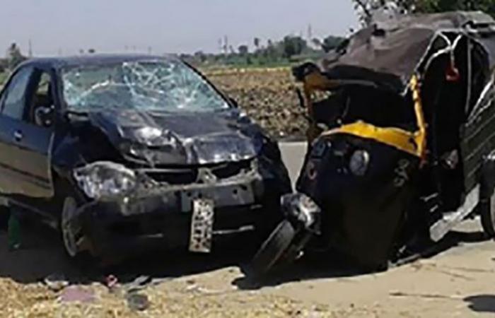 الوفد -الحوادث - إصابة 6 أشخاص بحادث تصادم سيارة بتوكتوك في أسوان موجز نيوز