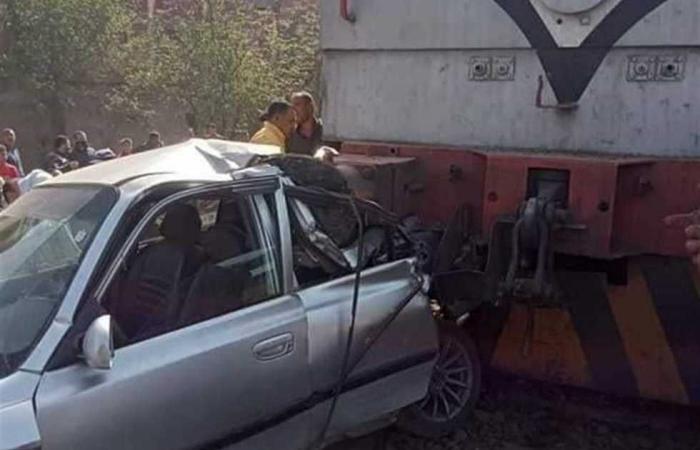 #المصري اليوم -#حوادث - تهشم اتوبيس نقل عام فى حادث تصادم بالجيزة موجز نيوز