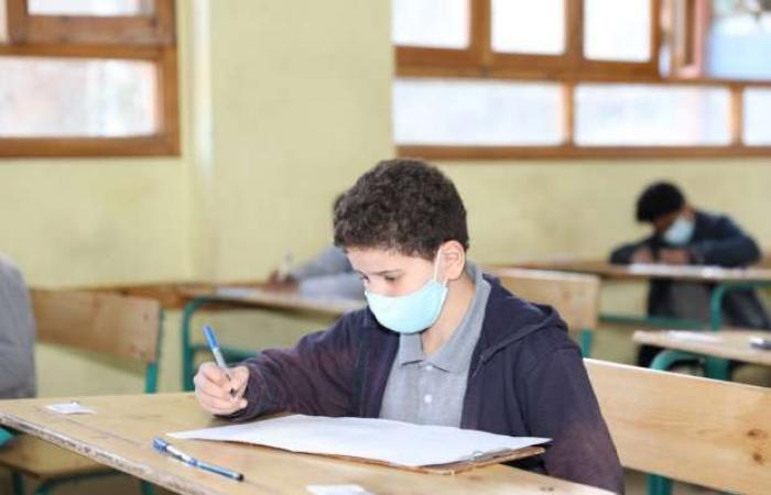 اخبار السياسه اليوم.. انطلاق ثاني أيام امتحانات الترم الأول للمصريين بالخارج