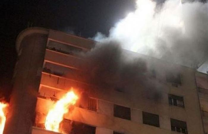 الوفد -الحوادث - إنتداب المعمل الجنائي لحصر تلفيات حريق شقة سكنية بشبرا الخيمة موجز نيوز