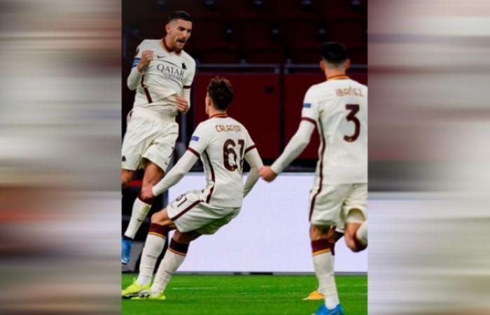 الوفد رياضة - روما يهزم أياكس بثنائية في الدوري الأوروبي موجز نيوز