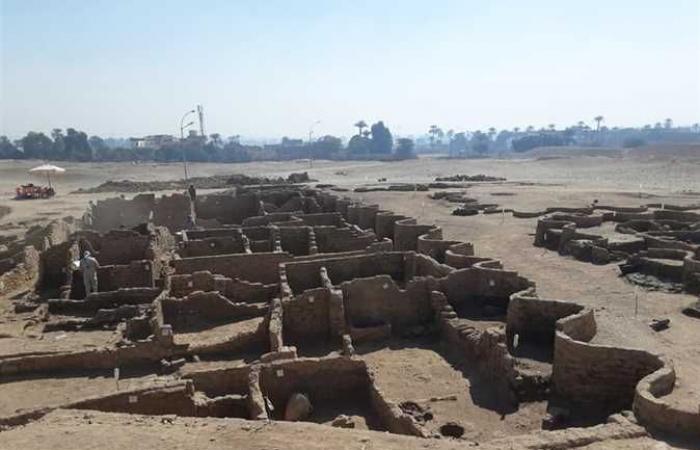 المصري اليوم - اخبار مصر- كأنهم تركوها بالأمس .. 13 معلومة عن اكتشاف مدينة أثرية جديدة في الأقصر موجز نيوز